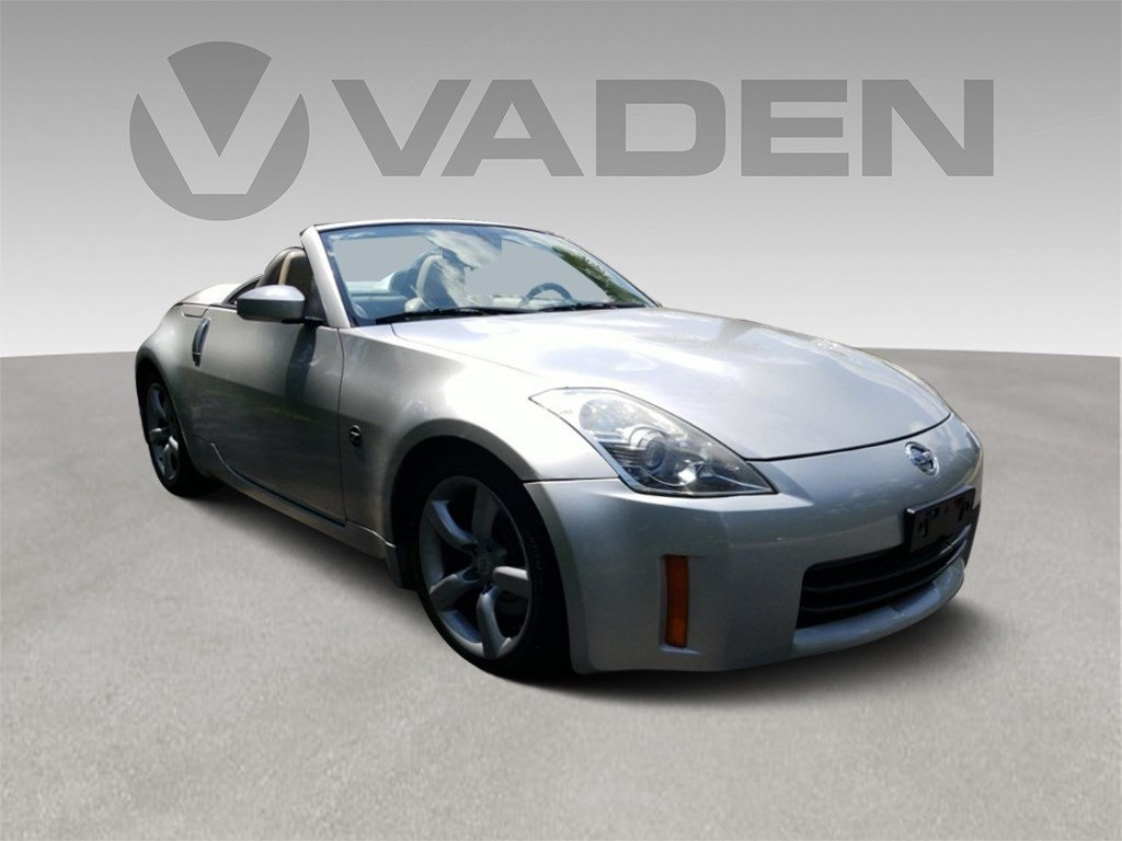Pre-Owned 2008 Nissan 350Z Touring