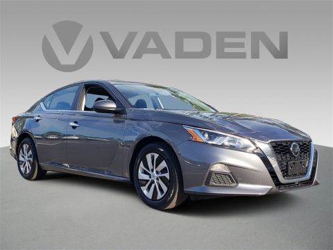 Pre-Owned 2019 Nissan Altima 2.5 S
